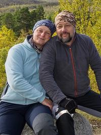 """Gabi und ich am """"Meditationsplatz beim Abiskojåkka Fluss"""