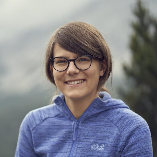 Nadine Schmalzer